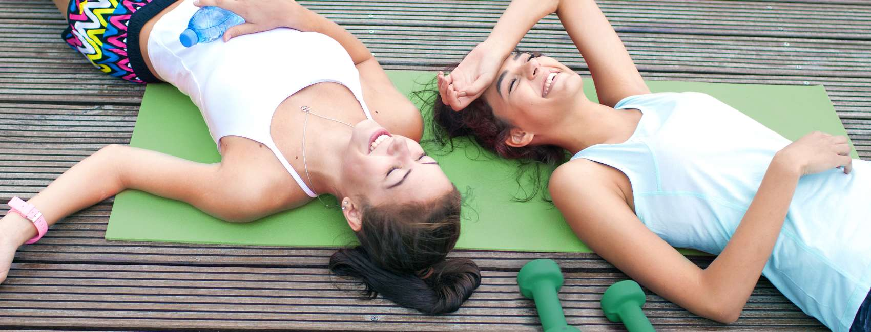 1081970-simple-your-gym-skincare-routine-two-girls-gym-banner